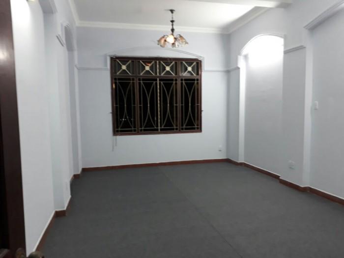 Cho thuê lầu 1 làm văn phòng dt:8x18,tại d2 bình thạnh