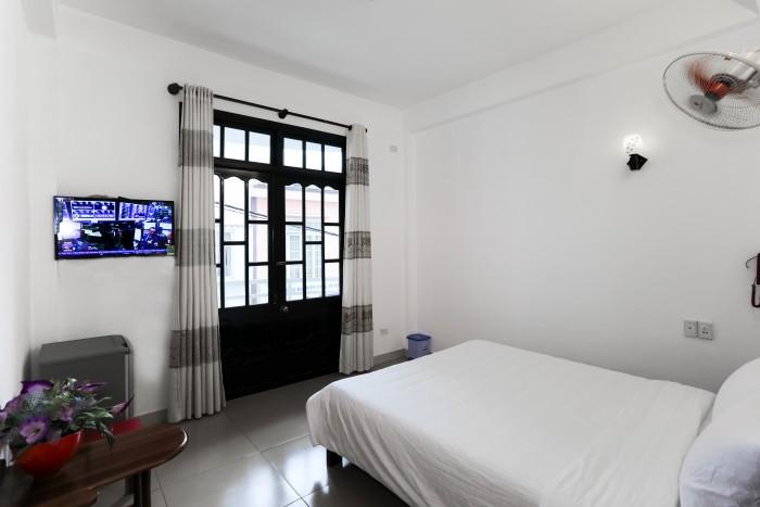 Cho thuê căn hộ 5/3 Đỗ Quang, phòng rộng 25m2, 40m2, giá: 4.5 tr/th