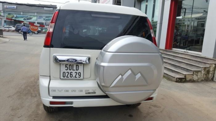 Bán Ford Everest Limited 2.5AT màu trắng 2013 biển Sài Gòn 5