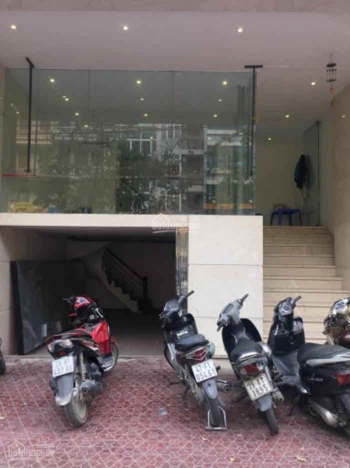 Cho thuê mặt bằng kinh doanh vị trí rất đẹp 20 m2, phố Vũ Phạm Hàm