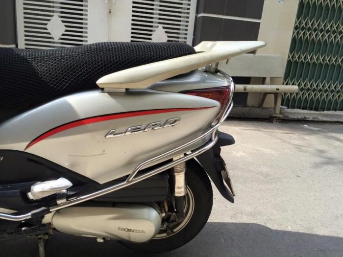 Honda LEAD Fi phun xăng điện tử màu bac.máy êm