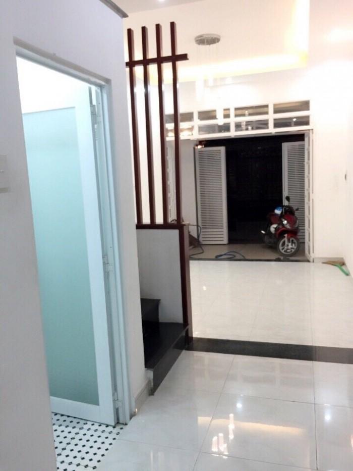 Bán nhà 3 lầu, 4 phòng ngủ, Dương Cát Lợi TT Nhà bè, hẻm xe hơi, giá chỉ 2.78 tỷ
