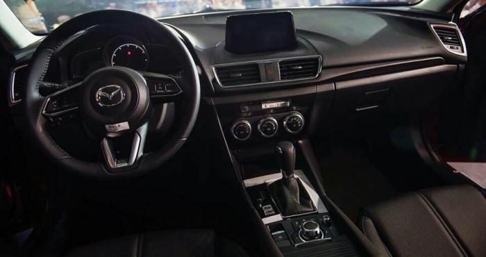 Mazda 3 Facelift 2018 Giá ưu đãi trong tháng 4