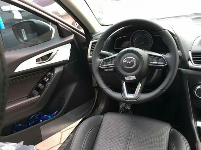 Mazda 3 Facelift 2018 Giá ưu đãi trong tháng 6