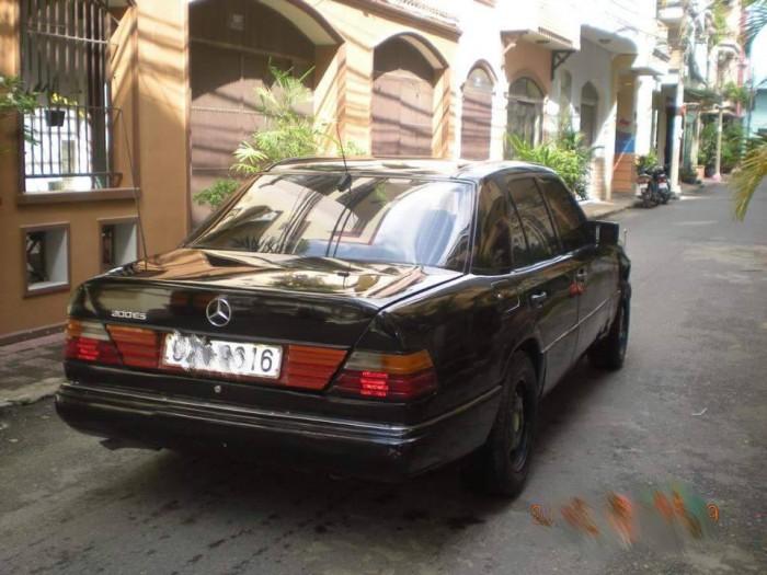 Mercedes-Benz C300 sản xuất năm 1990 Số tay (số sàn) Động cơ Xăng