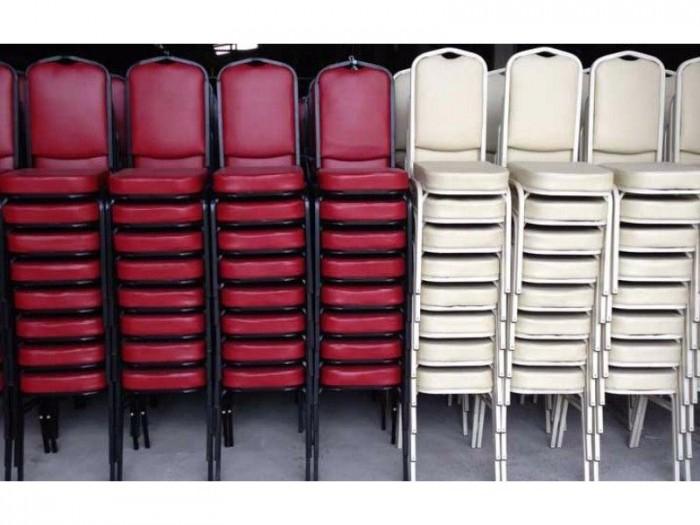 Thanh lý ghế nhà hàng tiệc cưới số lượng lớn giá rẻ4