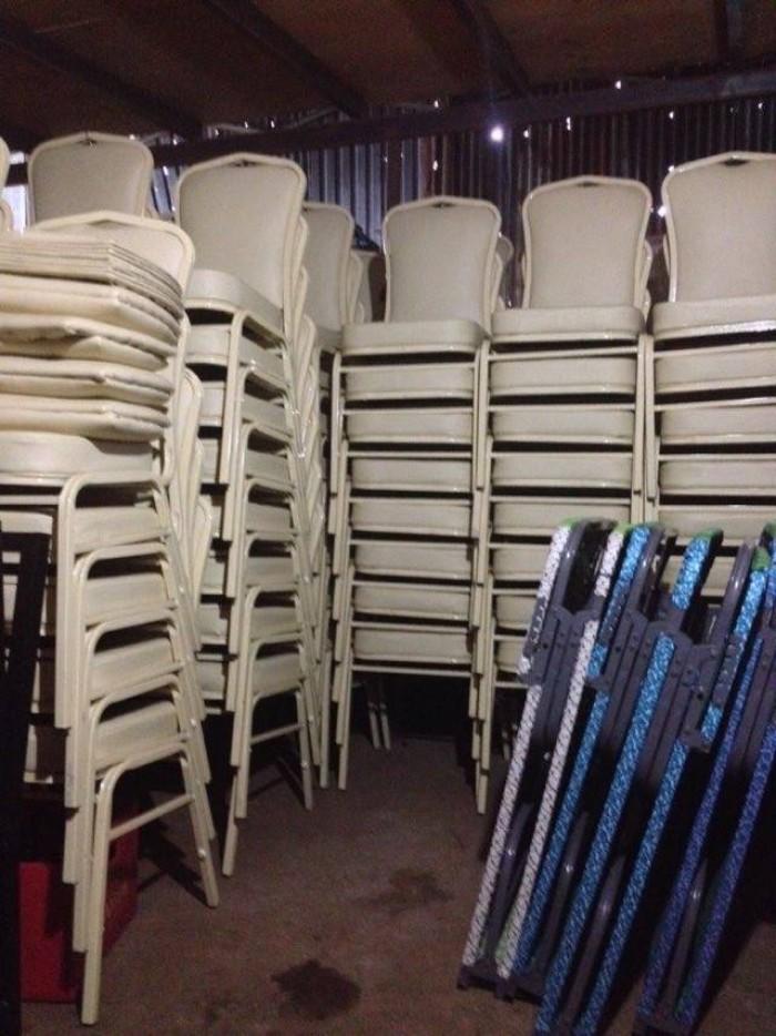 Thanh lý ghế nhà hàng tiệc cưới số lượng lớn giá rẻ5