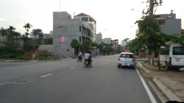 Bán đất đấu giá Việt Hưng, Long Biên, Hà Nội. Diện tích 96m2. Gía 60 triệu/m2