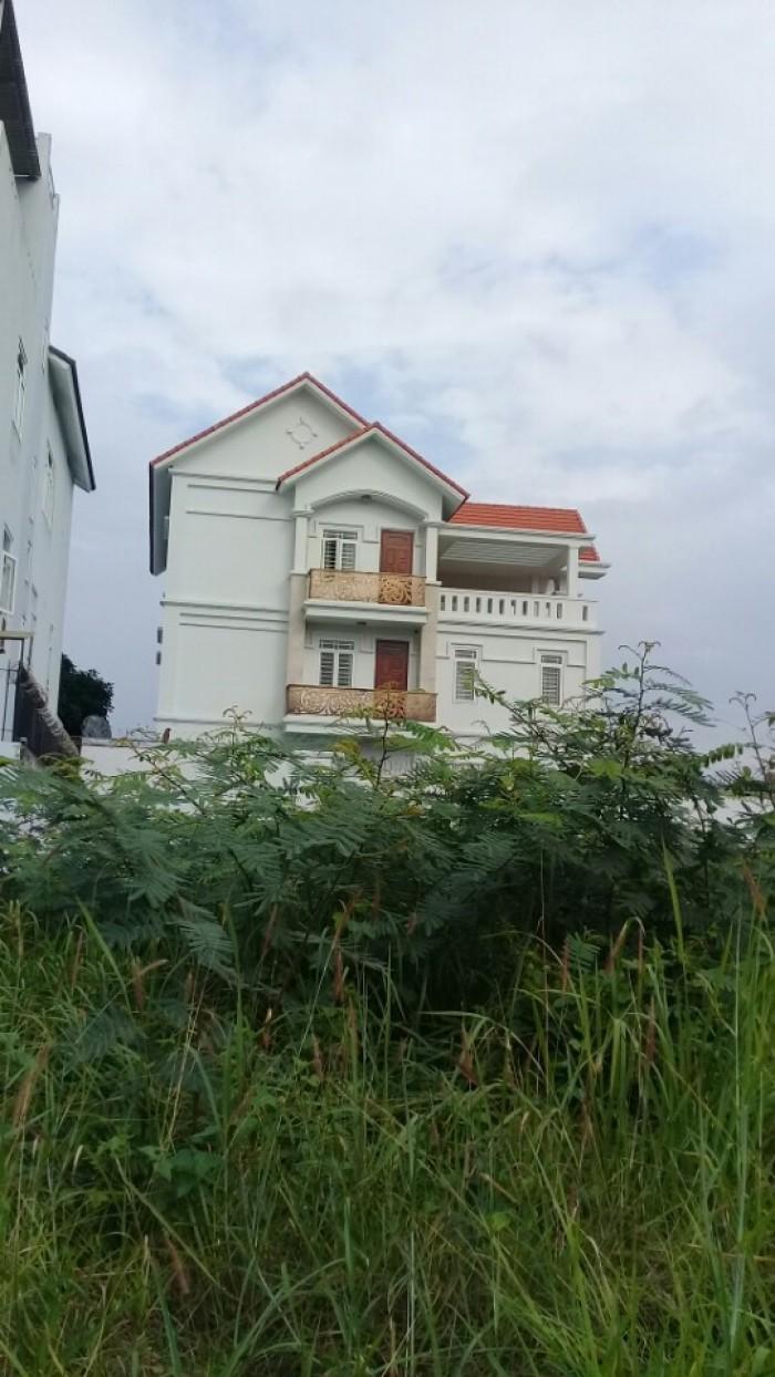 Tôi cần bán nền đất 2 mặt tiền Hà Huy Giáp, quận 12, shr