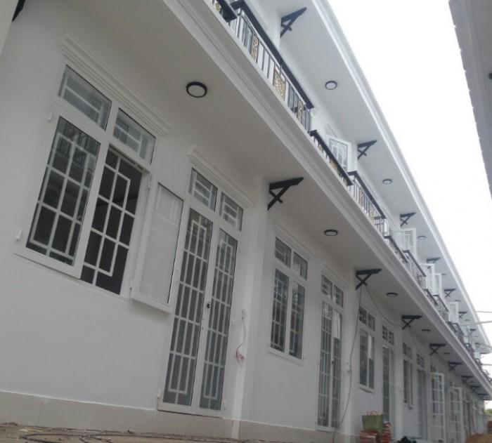 Nhà mới xây đường Suối lội ở Củ Chi, DT 80m2
