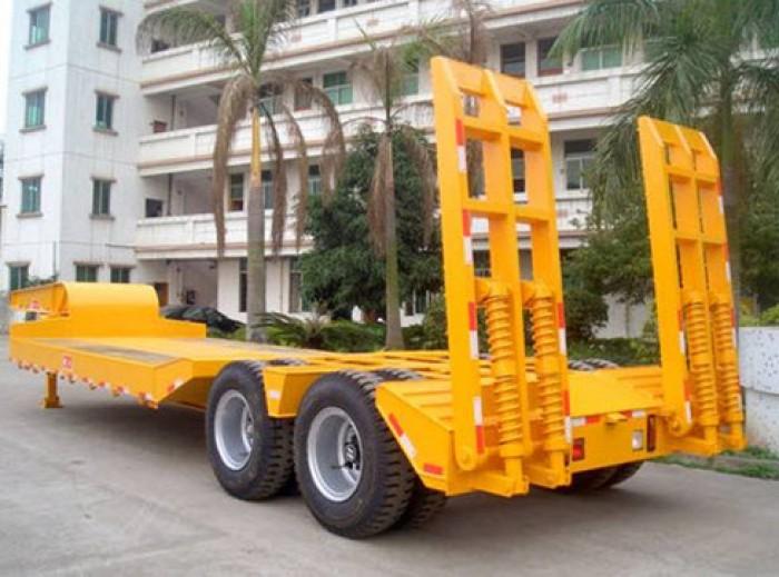 Nhà phân phối các loại sơ mi rơ mooc đặt biệt là SMRM chở xe máy chuyên dùng