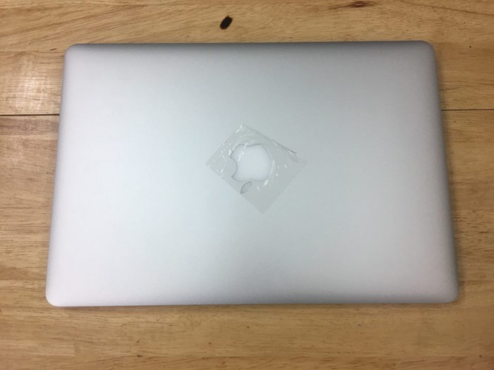 Macbook pro Retina 15inch MGXG2 i7 (2.8 GHz/ ram 16 /SSD 1000gb/ card 2gb )0