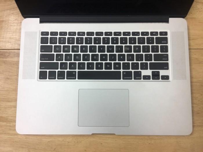 Macbook pro Retina 15inch MGXG2 i7 (2.8 GHz/ ram 16 /SSD 1000gb/ card 2gb )5