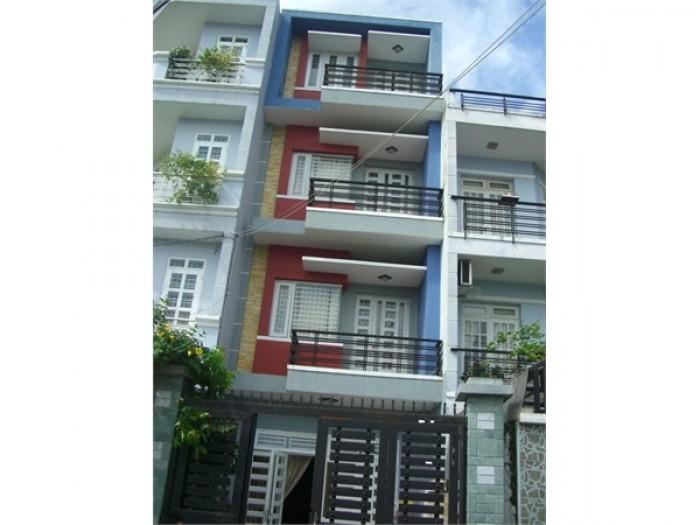 Bán nhà trung tâm quận 3, đường Trần Quang Diệu. 7x14m, giá 12.5 tỷ