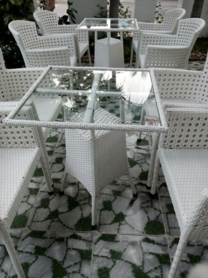 Chuyên sản xuất bàn ghế cafe ô dù giá rẻ1