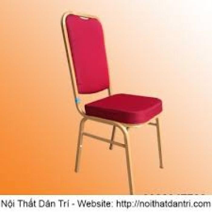Công ty tân ngọc khôi cần thanh lý bàn ghế nhà hàng giá rẻ2