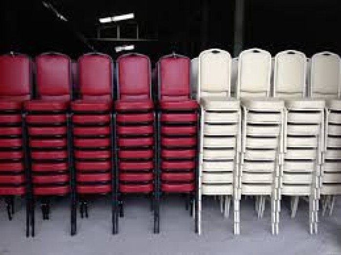 Công ty tân ngọc khôi cần thanh lý bàn ghế nhà hàng giá rẻ5