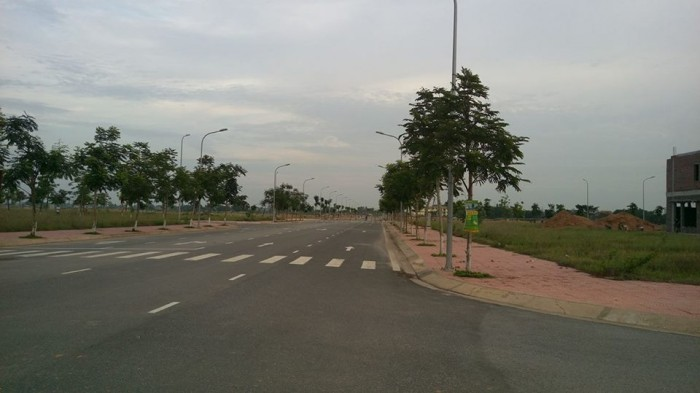 Bán gấp lô liền kề mặt tiền lớn tại Khu đô thị Nam Vĩnh Yên