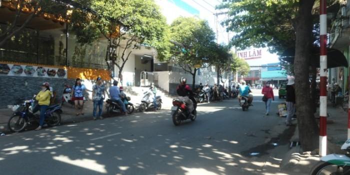 Bán gấp mặt tiền đường Quang Trung, Hiệp Phú, quận 9