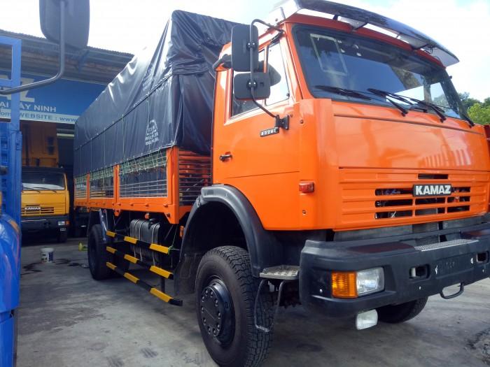 Xe tải thùng kamaz (4x4) hai chân hai cầu. 1
