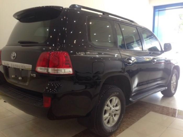 Land Cruiser VX sản xuất 2011 đăng ký lần đầu 2012, một chủ từ đầu 5