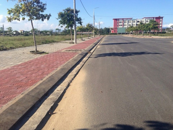 Đất đầu tư trung tâm làng đại học đường 34m
