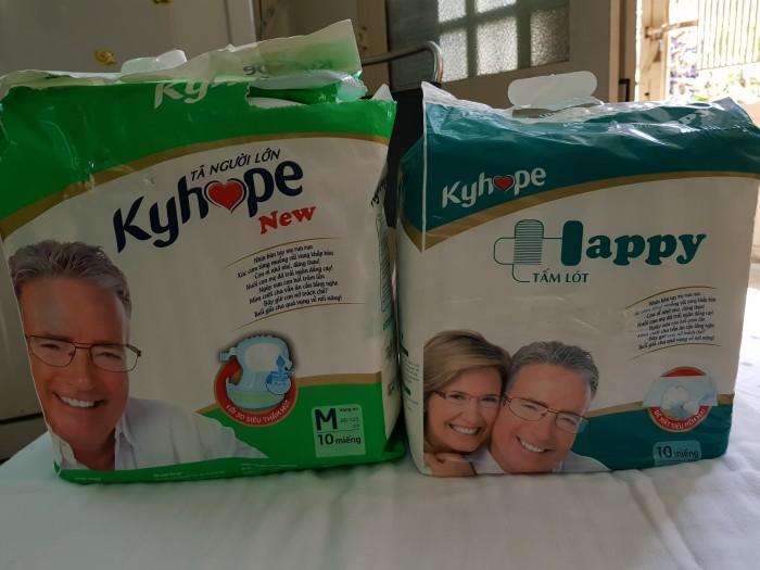 Bộ đôi tả người lớn và tấm lót hiệu Kyhope