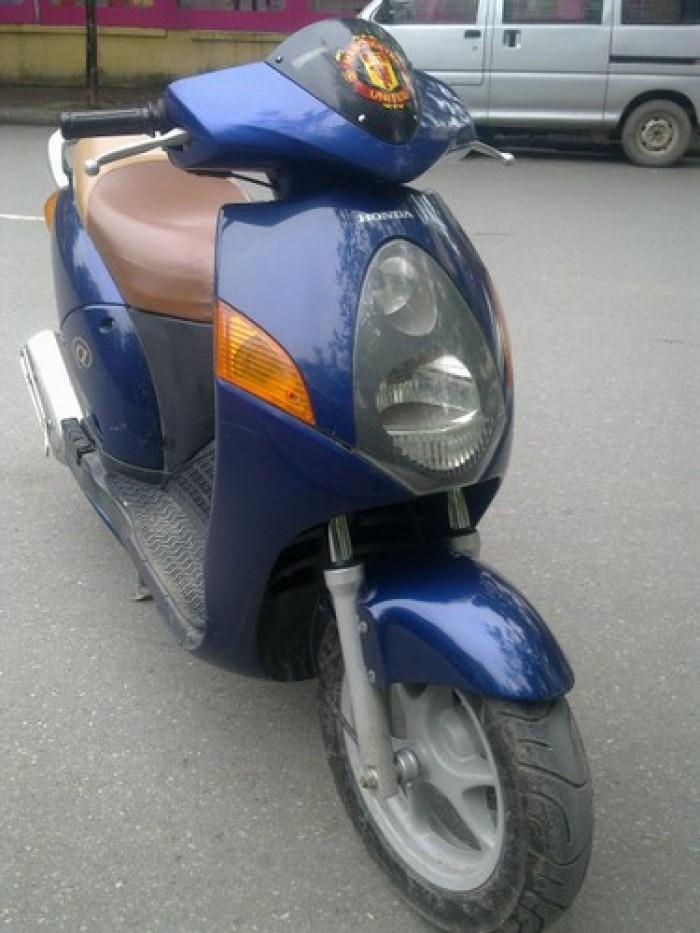 A.CÒNG. 150c. xe màu xanh tigel. nguyên zin.