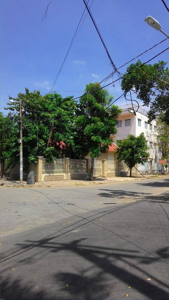 Đất có sổ riêng trên 60m2 ngay trung tâm q.Tân Phú