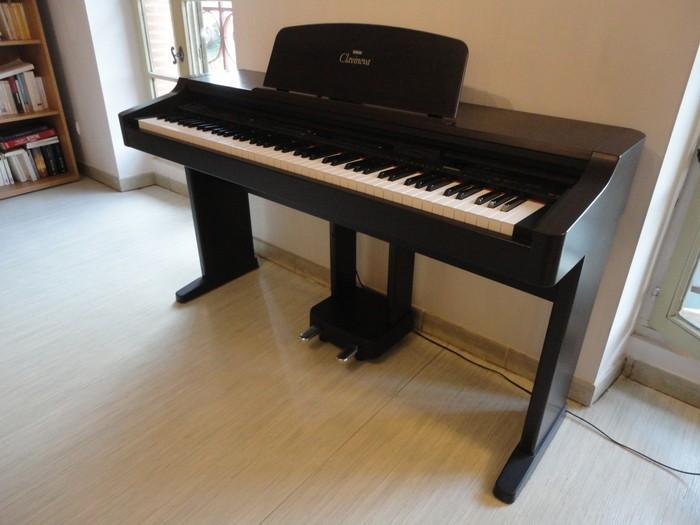 Đàn Piano điện Yamaha CVP 830