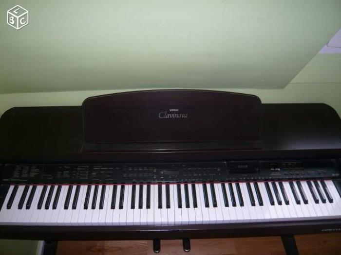 Đàn Piano điện Yamaha CVP 832