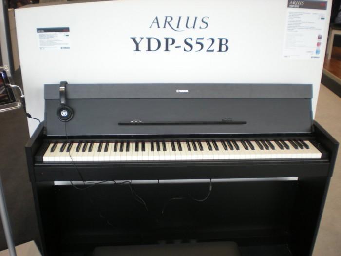 Đàn Piano điện Yamaha YPD S522