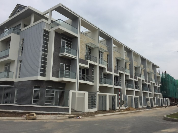 Bán nhà phố mặt tiền khu an ninh camera ven sông vị trí liên kết Q1 Q2 Q4 Q7 giá cả gia tăng cạnh tranh cao