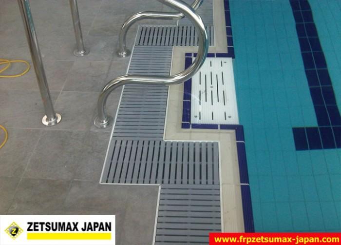 thanh tràn bể bơi16