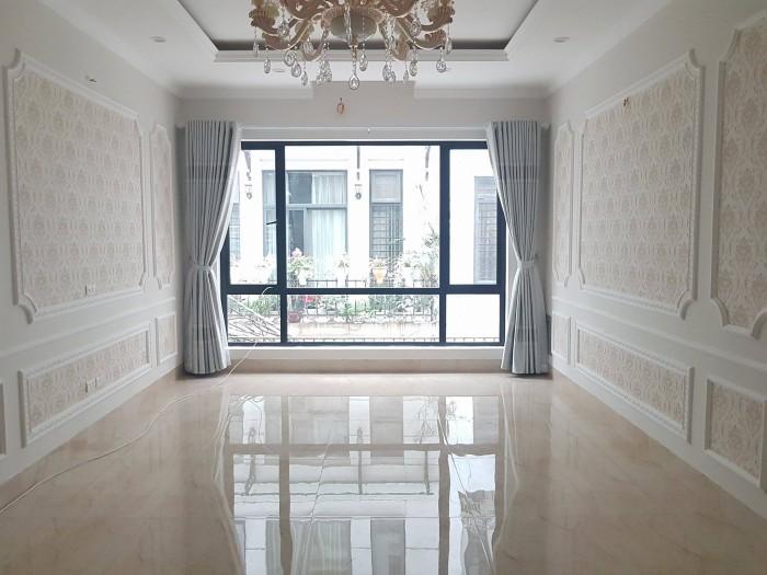 Bán nhà phân lô phố Võng Thị, Bưởi, Tây Hồ 50m2 xây 5T mới tinh vuông vắn(ôtô vào nhà) 5,8 tỷ