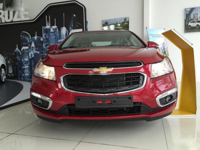 Giảm ngay 50 triệu cho khách hàng đặt cọc Chevrolet Cruze số sàn, đời 2017 trước 31-5-2017