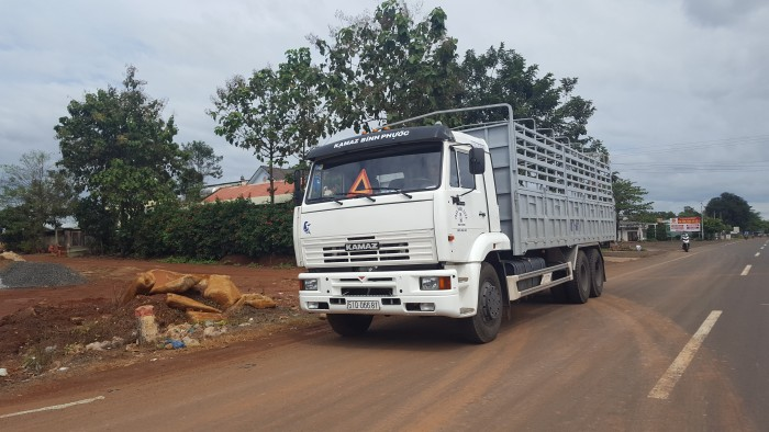 Bán tải Kamaz 14 tấn nhập khẩu | Kamaz 65117 (6x4) thùng 7m8