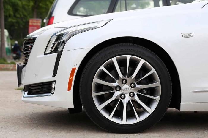 Cadillac CT6 Premium Luxury 3.0L 8