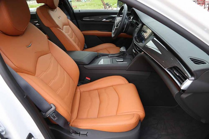 Cadillac CT6 Premium Luxury 3.0L 19