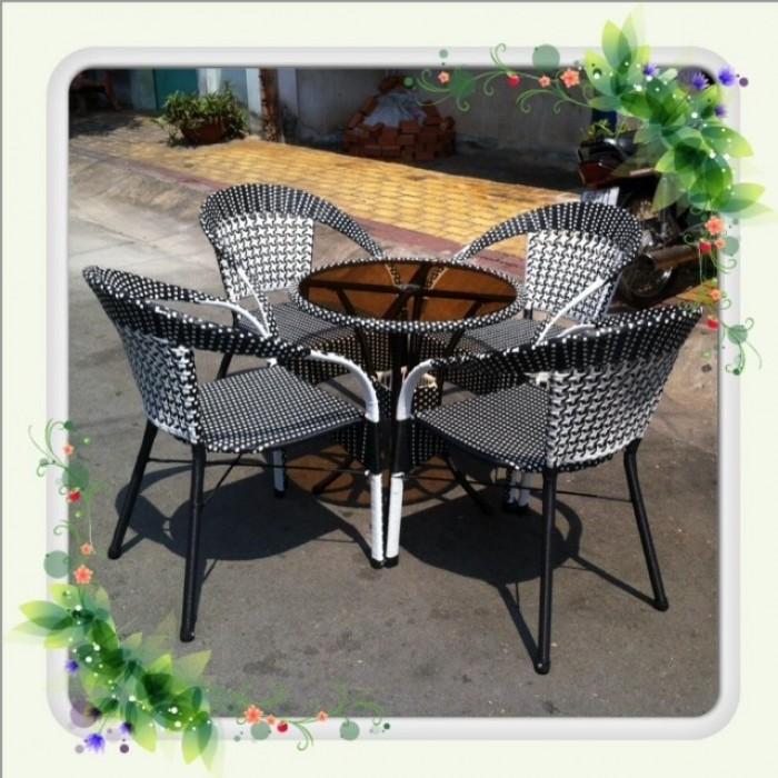 Chuyên sản xuất các loại bàn ghế cafe giá rẻ2