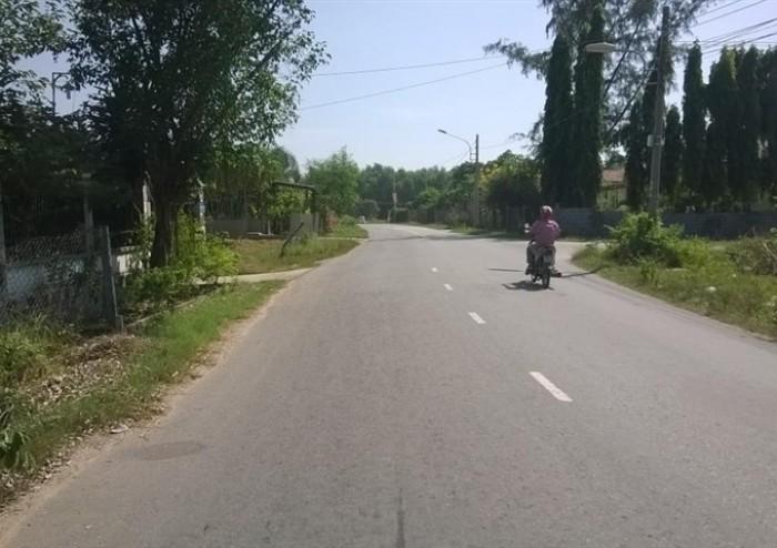 Đất 2 mặt Tiền Thái Hòa, đường nhựa, mt 6m, sr, tc vị trí đẹp