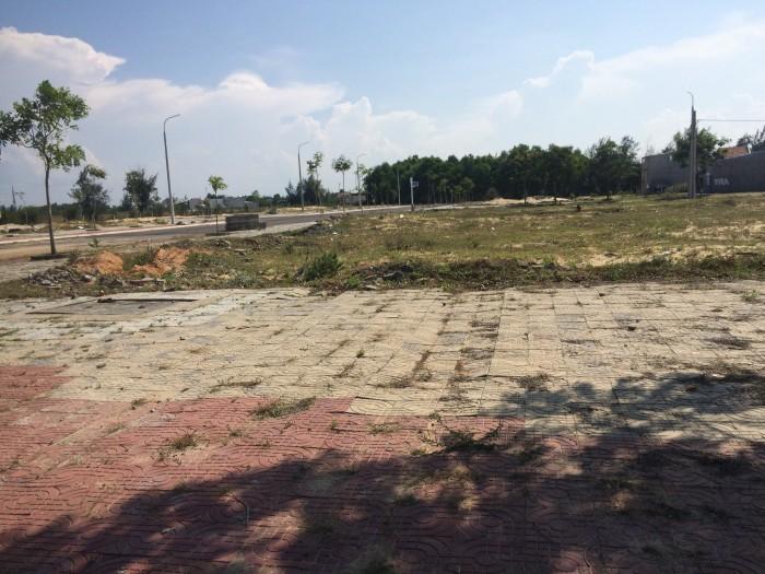 Đất trung tâm làng đại học cách đường Trần Đại Nghĩa 50m