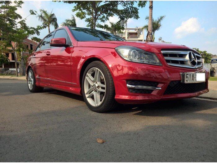 Mercedes-Benz C300 sản xuất năm 2011 Số tự động Động cơ Xăng