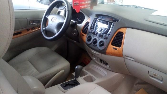 Toyota Innova V sản xuất năm 2011 Số tự động Động cơ Xăng