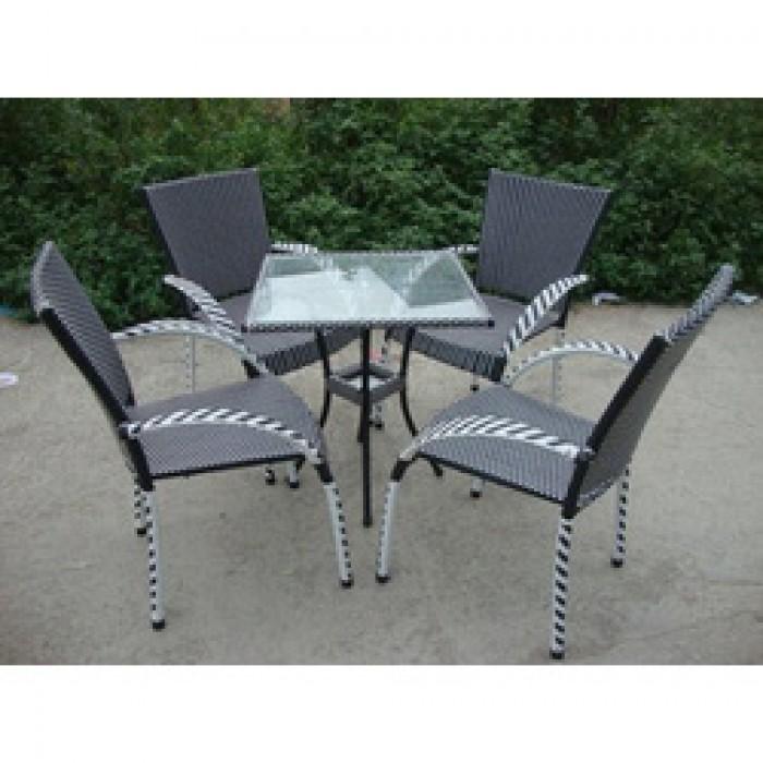 Chuyên sản xuất các loại bàn ghế nhựa giả mây cafe giá rẻ..3