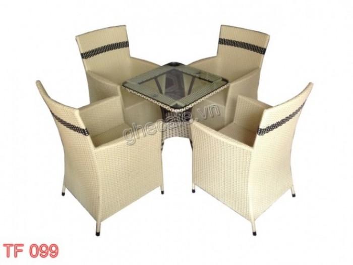 Cần thanh lỳ 50 bộ  bàn ghế quán ăn giá rẻ..2