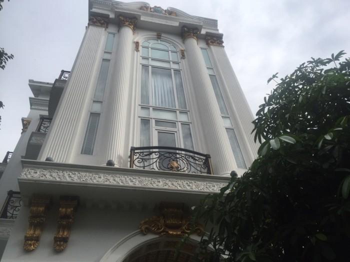 Biệt thự ở Phú mỹ Hưng 218m/2, 4 tầng căn gốc 2 mặt tiền