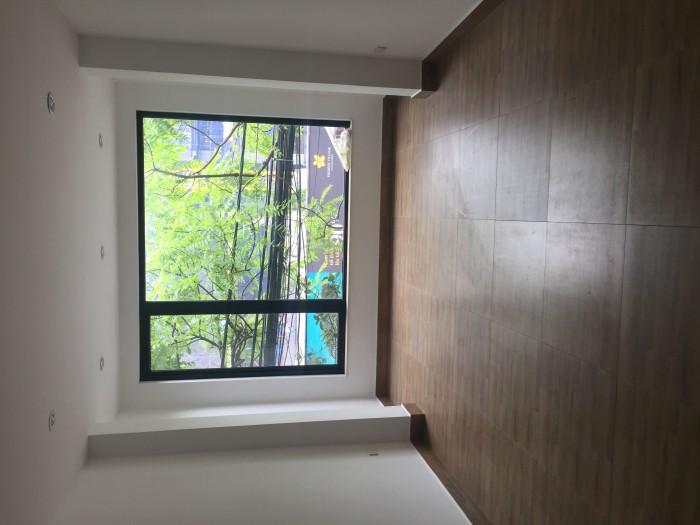 Cho thuê nhà mặt phố Hoàng Hoa Thám 70m2 x 4 tầng nhà đẹp