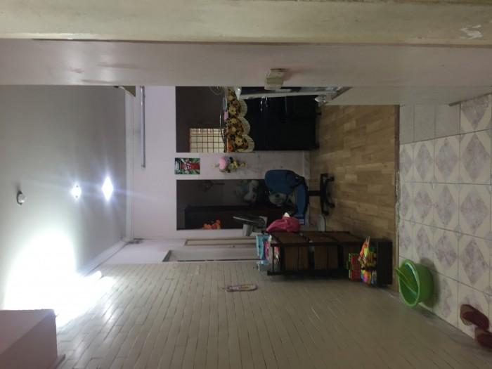 Bán nhà tập thể tầng 1 phố Lương Đình Của,Đống Đa giá 1,6 tỷ 2 ngủ