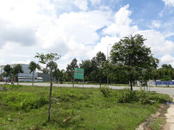 Bán 600m2 lô góc,đất mặt tiền Mỹ Phước Tân Vạn